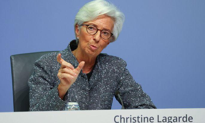 Die EZB-Chefin will selbst Staatsanleihen mit schlechter Bonität kaufen.