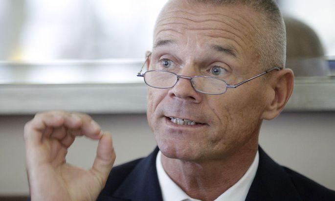 Karl Minhard, Chef des AUA-Bordbetriebsrates