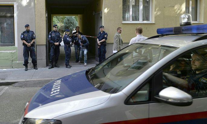 Polizei am Montag beim Tatort in Wien-Favoriten
