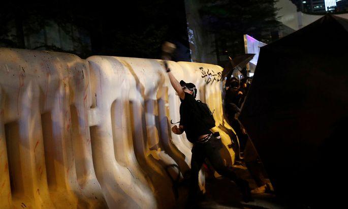 Am Dienstag feiert China den 70. Gründungstag. Die Demonstranten in Hongkong haben einen viertägigen Protest angekündigt.