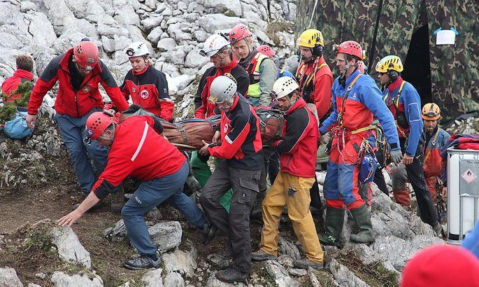 Rund 700 Helfer waren an der Rettung von Johann Westhauser aus der Riesending-Schachhöhle beteiligt.