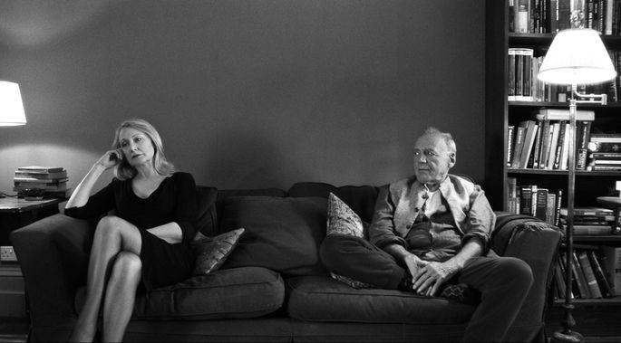 Amüsieren sich nicht prächtig auf dieser Party: April (Patricia Clarkson) und ihr esoterischer Gatte, Gottfried (Bruno Ganz).