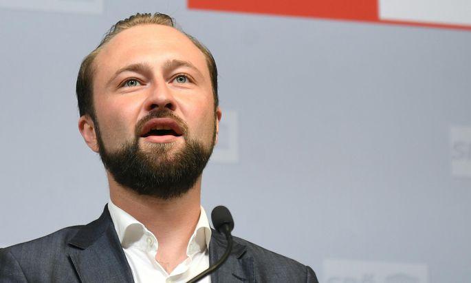 """SPÖ-Bundesgeschäftsführer Max Lercher kündigte """"massiven Widerstand"""" gegen das Arbeitszeitgesetz an."""