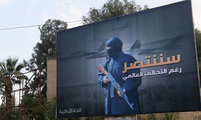 In der Hauptstadt des Terrors: Plakat im syrischen Raqqa