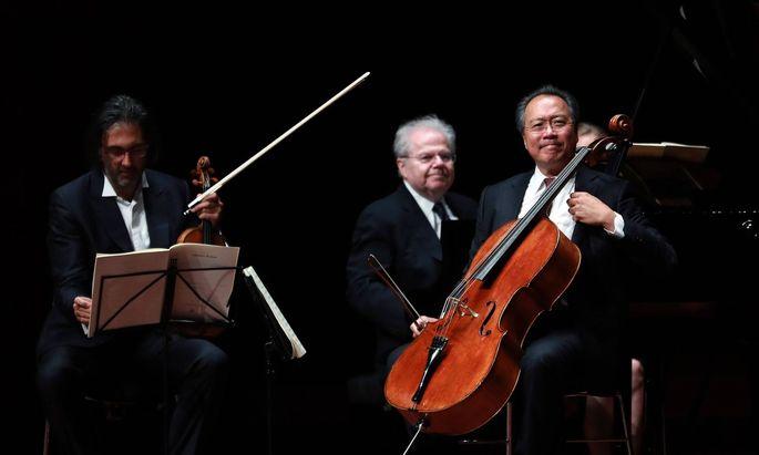 Cellist Yo-Yo Ma, Pianist Emanuel Ax und Violinist Leonidas.