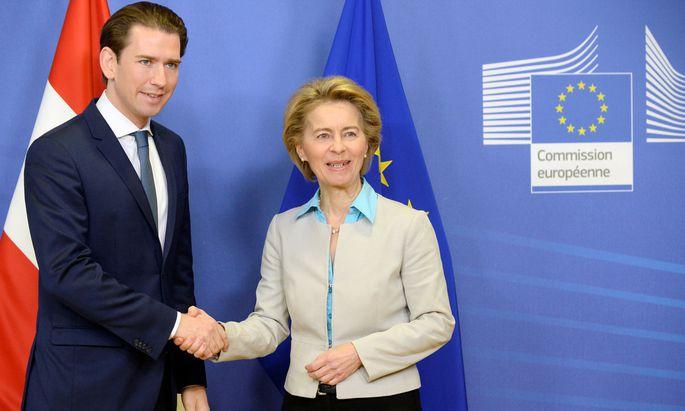 Gratulation zur Regierung: Kurz und Kommissionspräsidentin von der Leyen.