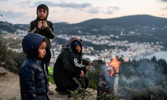 Auf der Insel Samos sind außerhalb des offiziellen Lagers zahlreiche illegale Unterkünfte entstanden.