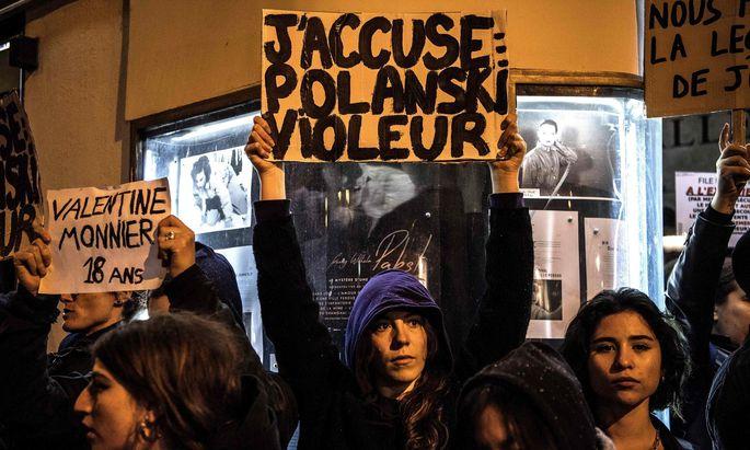 Schon vor dem Filmstart im November gab es Protestkundgebungen (wie hier) – auch für den morgigen Freitag in Paris werden große Demos erwartet.