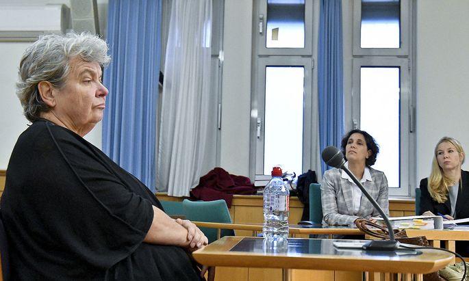 Die Burg war ihr Leben, nun sitzt sie wegen Veruntreuung und Bilanzfälschung vor Gericht: Silvia Stantejsky, die frühere kaufmännische Geschäftsführerin.