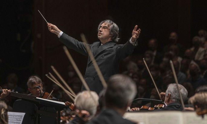 """Die Wiener Philharmoniker folgten Riccardo Muti auch bei der """"Missa solemnis"""" durch dick und dünn."""