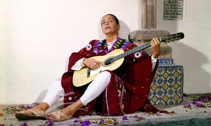 Jahrelang war Chavela Vargas mittellose Alkoholikerin, dann schaffte sie ein großes Comeback.