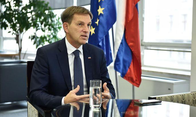 Der slowenische Außenminister Miro Cerar sieht andere Umstände rund um den Migrationspakt.
