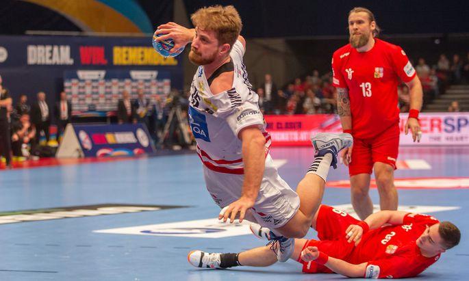 Fabian Posch steckt ein und teilt aus. In Österreichs Team ist er offensiv wie defensiv gefragt.