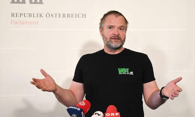 VGT-Obmann Martin Balluch blieb trotz Freispruch auf uf mehr als 500.000 Euro Anwalts- und Gutachterkosten sitzen
