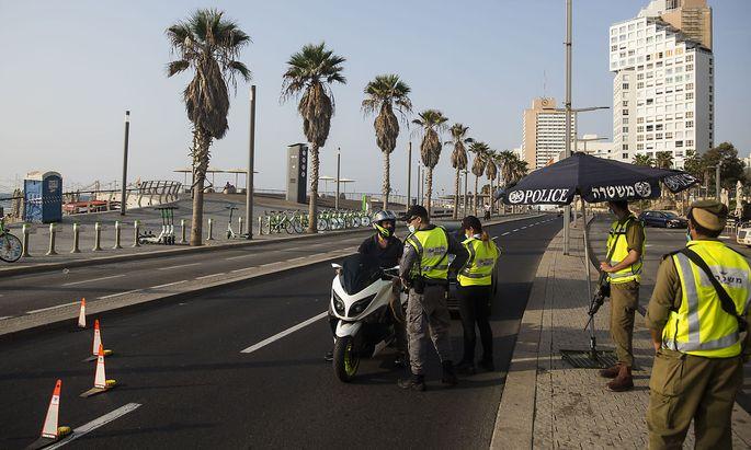 Ein Strand in Tel Aviv während des zweiten Lockdowns im September.