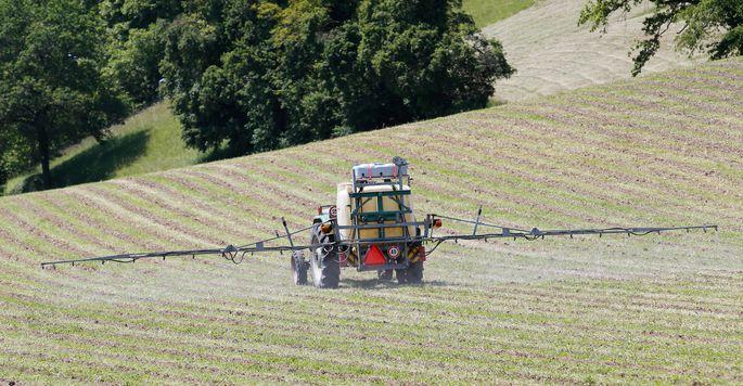 Jährlich werden etwa 5000 Tonnen Pflanzenschutzmittel umgesetzt.