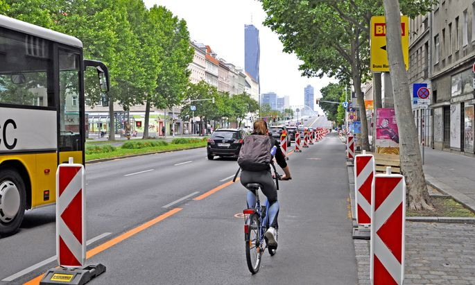Der Pop-up-Radstreifen in der Lassallestraße sorgte auch für Kritik – die Autofahrer haben sich laut TomTom-Daten aber rasch angepasst.