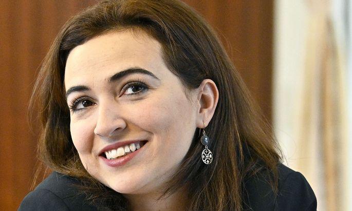 Es sind turbulente erste Wochen für Justizministerin Alma Zadić.