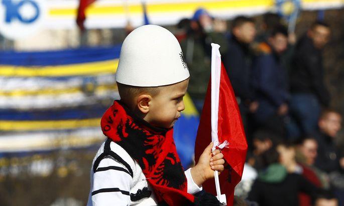 Kosovo feiert Geburtstag.