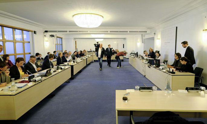 Sitzungssaal, BVT-U-Ausschuss, am 16. Oktober 2018