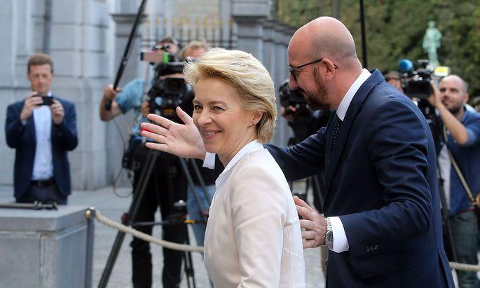 Zwei designierte EU-Amtsträger trafen sich in Brüssel: Ursula von der Leyen soll Kommissionschefin, Charles Michel Ratspräsident werden.