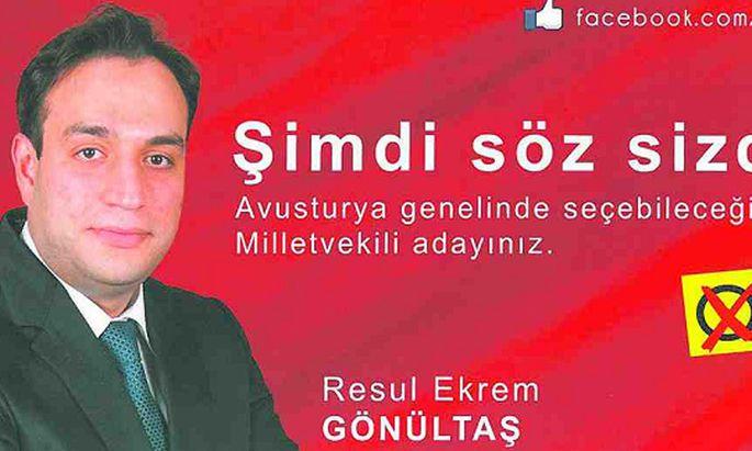 """Seine türkischsprachigen Folder mit dem Slogan """"Jetzt sind Sie am Wort"""" bezahlt SPÖ-Kandidat Resul Ekrem Gönültas aus der eigenen Tasche."""