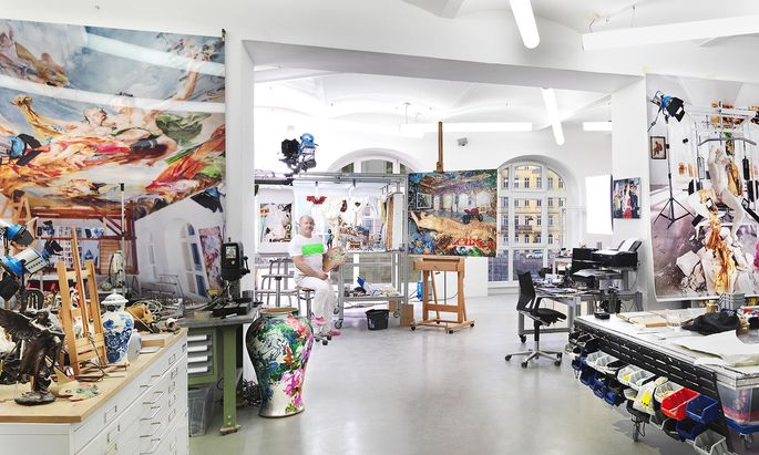 Auch bei Lois Renner kann man im Atelier vorbeischauen und in seinen opulenten Kosmos eintauchen.