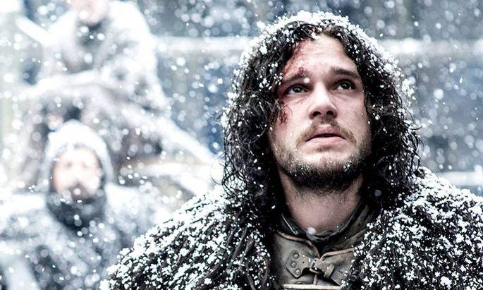 Jon Snow ist eigentlich der Sohn von Rhaegar Targaryen und Ned Starks Schwester Lyanna.