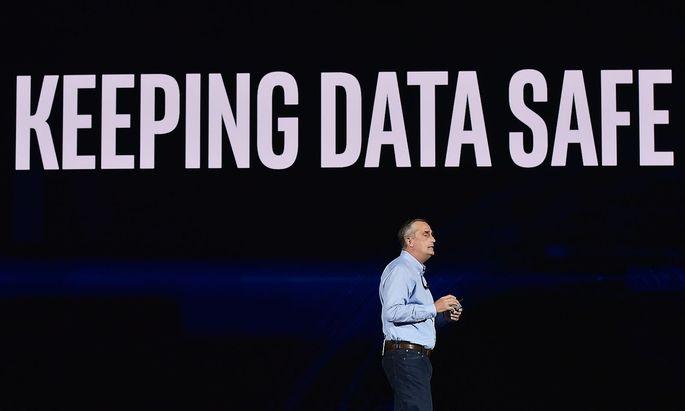Intel-Chef Brian Krzanich bei der Pressekonferenz auf der CES in Las Vegas.
