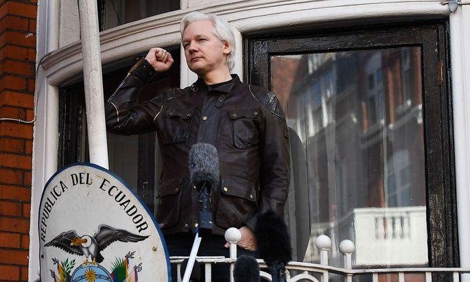 Assange zeigte sich hin und wieder öffentlich auf dem Botschaftsareal
