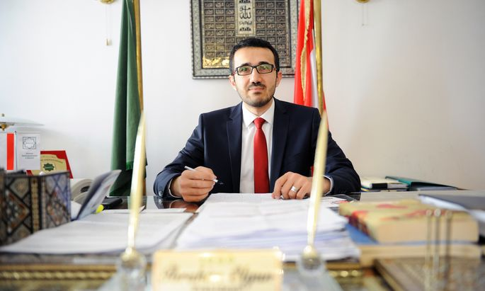 Ibrahim Olgun, Präsident der Islamischen Glaubensgemeinschaft, hält jede Art von Kopftuchverbot für kontraproduktiv.