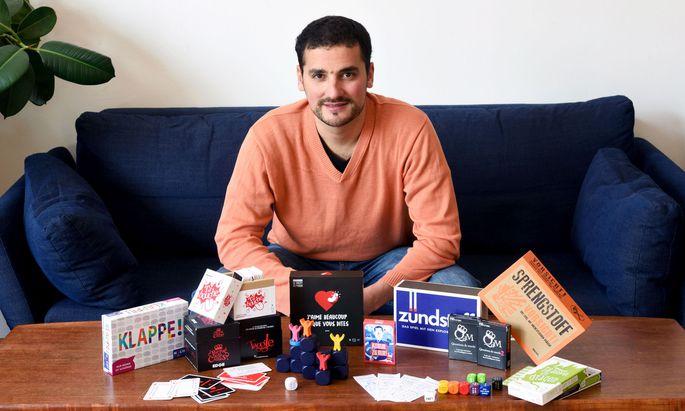 Spielerfinder und Spieleverleger: Der Franzose Fran¸cois Lang entwickelt und vertreibt von Wien aus Kommunikationsspiele.
