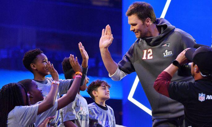 Patriots-Star Tom Brady ist bereits in Atlanta – und steht bei Kindern immer hoch im Kurs.
