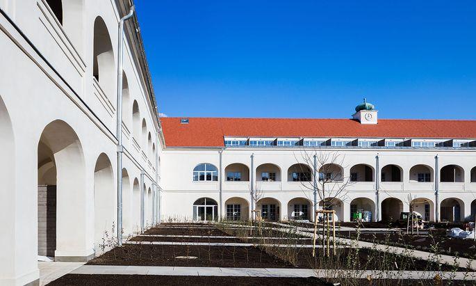 Innenhof der ehemaligen Kaserne.