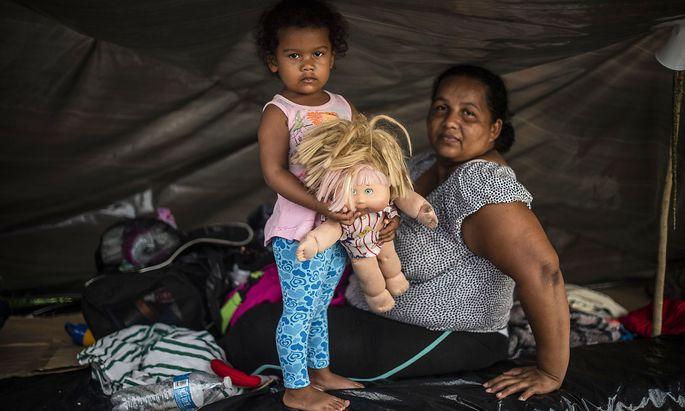 Viele Migranten aus Mittelamerika sind derzeit unterwegs in Richtung USA, was US-Präsident Trump als Anlass für ein neues Dekret nimmt.