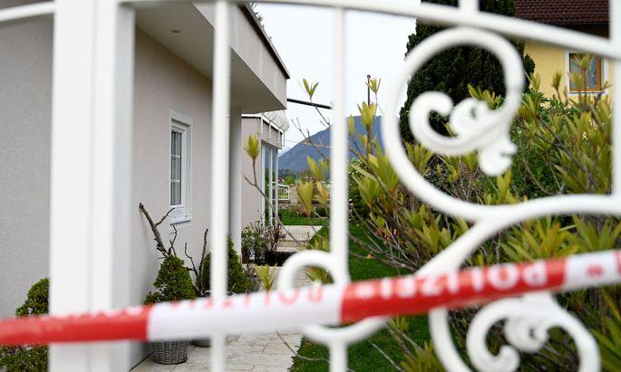 In diesem Haus im Salzburger Flachgau wurden am Mittwoch zwei Frauen getötet. Mittlerweile eine erschreckend alltägliche Nachricht.