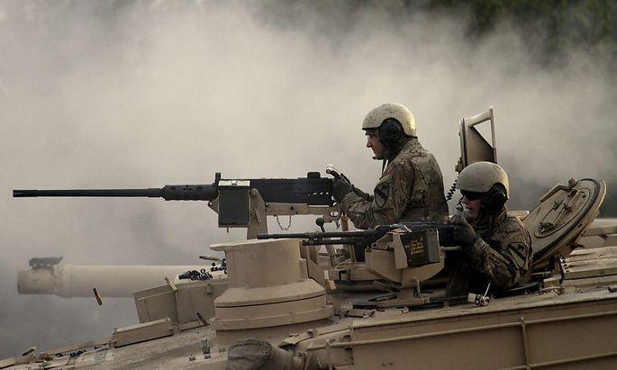 Verteidigungsbereitschaft demonstrieren: US-Soldaten im Rahmen einer gemeinsamen Übung in Lettland Anfang November