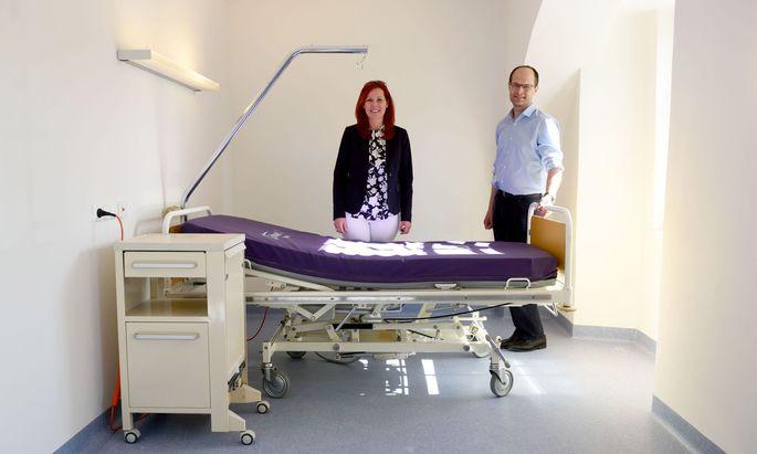 Désirée Amschl-Strablegg und Gerold Muhri leiten das neue Hospiz für Obdachlose in Graz.