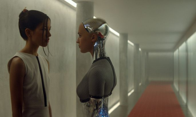 """Ex Machina"""