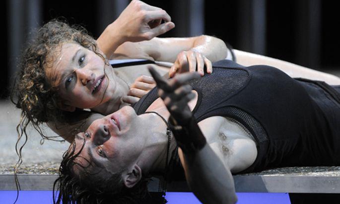 Burgtheater Romeo Julia kurze