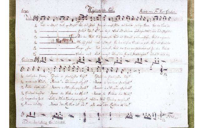 """Historisches Manuskript von """"Stille Nacht""""."""