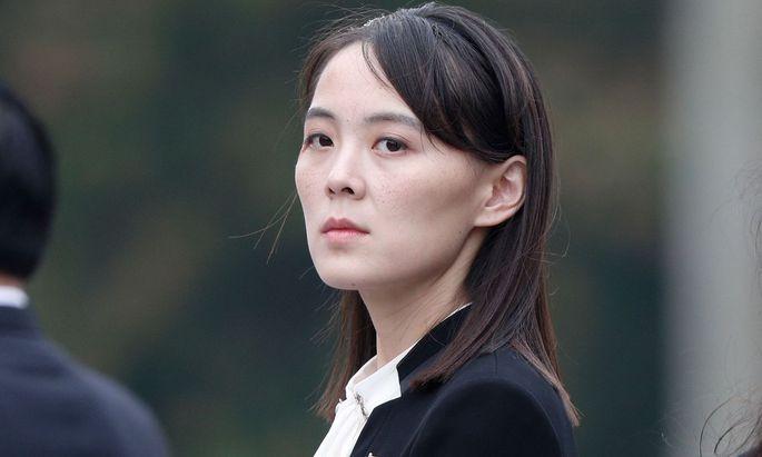 """""""Falls sie in den nächsten vier Jahren in Frieden schlafen will, hätte sie besser davon abgesehen, als ersten Schritt Stunk zu machen"""", wird Kim Yo-jong zitiert."""