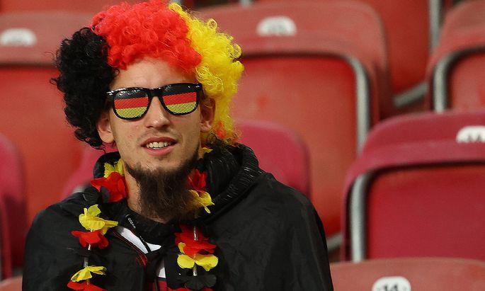 Archivbild. Ob Deutschland seine beste Zeit auch im Fußball hinter sich habe, war nicht Teil der Umfrage.