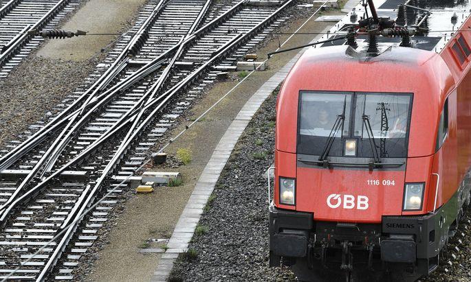 Mit dem 1-2-3-Ticket soll man günstiger und einfacher mit öffentlichen Verkehrsmitteln vorankommen.