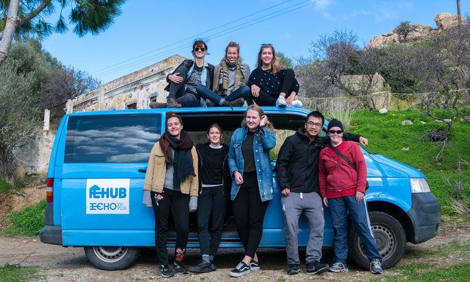 Das Team der NGO Echo 100Plus auf der Insel Leros.