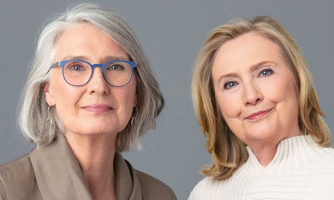 Sisters-in-crime: Louise Penny (l.) und Hillary Clinton funktionieren auch als Co-Autorinnen.