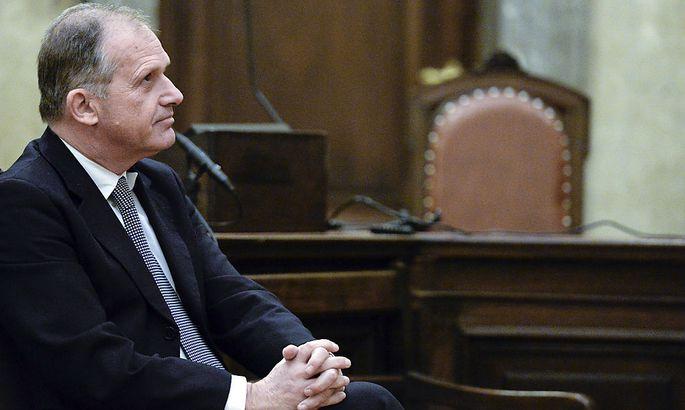 Ernst Strasser wurde auch in der Prozess-Neuauflage wegen Bestechung - nicht rechtskräftig - schuldig gesprochen.