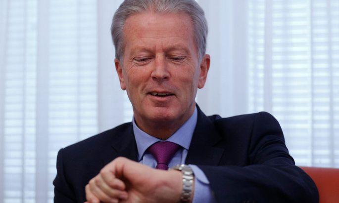 Höchste Zeit für weniger Regulierung, findet Wirtschaftsminister Mitterlehner.