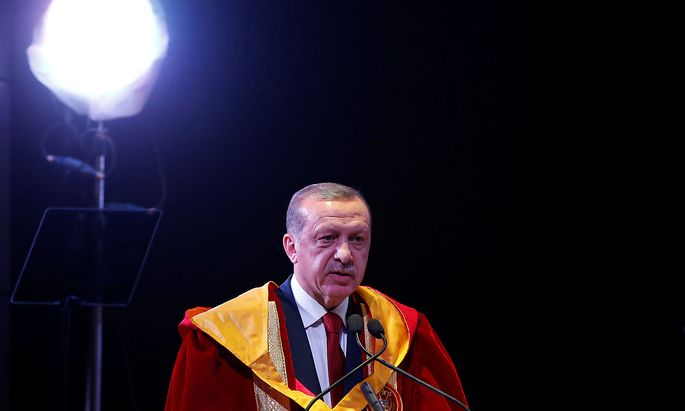 Erdogan wurde am Montag in Neu Delhi der Ehrendoktor-Titel einer muslimischen Universität verliehen.