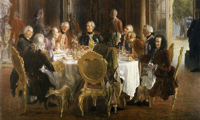 Lebhafte Konversation am Hof Friedrichs II. in Berlin. Man sprach bevorzugt Französisch.